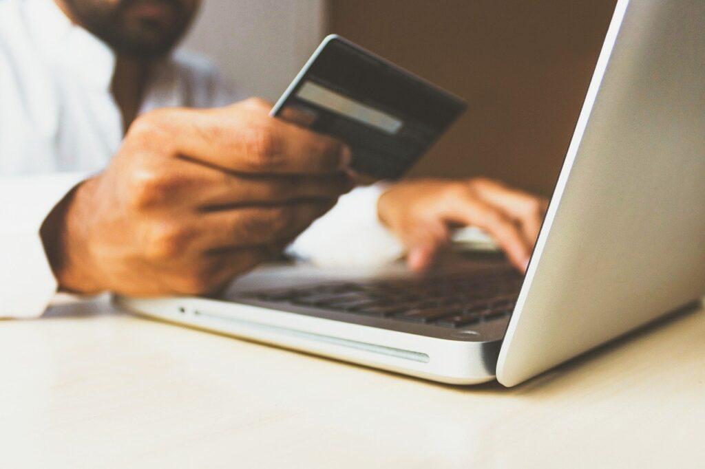risparmio online prodotti tech